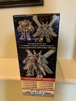 Brand New Hasbro Transformer ULTIMATE OPTIMUS PRIME Dark of the Moon in 3 Modes