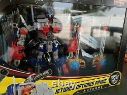 Dark of the Moon Leader Jetwing Optimus Prime Transformers Exclusive