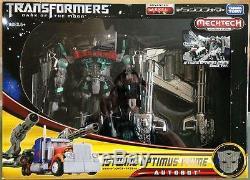 Dark of the Moon Movie Leader Jetwing Optimus Prime DA-15 Black Ver. Takara Tomy