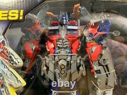 Hasbro Transformers Dark Of The Moon Ultimate Optimus Prime 12in Figurine New