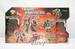 Hasbro Transformers Universe Optimus Prime and Crumplezone Hasbro 2008 TY