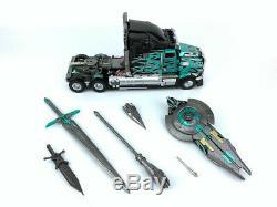 New Unique Toys Transformers UT R-02B Dark knight Optimus Prime in stock