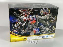 Takara Tomy Dark of the Moon Leader Jetwing Optimus Prime Transformers SEALED
