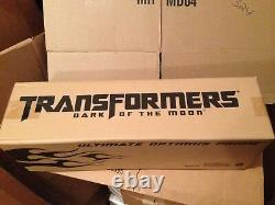 Transformers Dark Of Moon SDCC 2011 Hasbro Excl Ultimate Optimus Prime Non-Mint