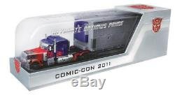 Transformers Dark of the Moon DOTM Ultimate Optimus Prime SDCC 2011 Exclusive