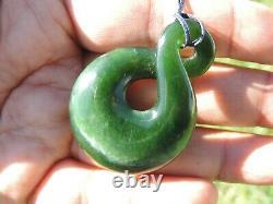 Translucent KAHURANGI Dark Green BEAUTIFUL TWIST Pounamu Greenstone GEM QUALITY