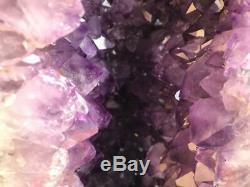 Améthyste Cathédrale Geode Grande Qualité Et Couleur Foncé Grand Points Livraison Gratuite