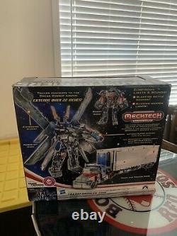 Hasbro Transformateurs Dark Of The Moon Mechtech Ultimate Optimus Prime Action