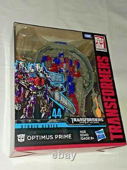 Optimus Prime 44 Studio Transformers Dark Of The Moon In Hand États-unis Htf Rare