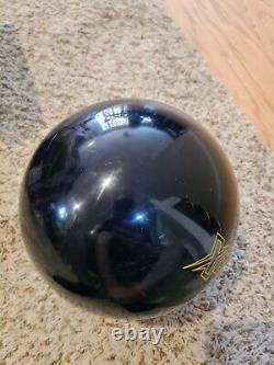 Storm Dark Code 1st Quality Bowling Ball 14 Livres 3,5-4 Épingle 2,9 Oz Tw